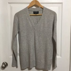 Banana Republic Merino Wool blend sweater